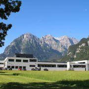 Stöckli Metall AG - Blechbearbeitungszentrum - Co2-neutrales Produktions- und Bürogebäude am Zaunweg 17, CH-8754 Netstal