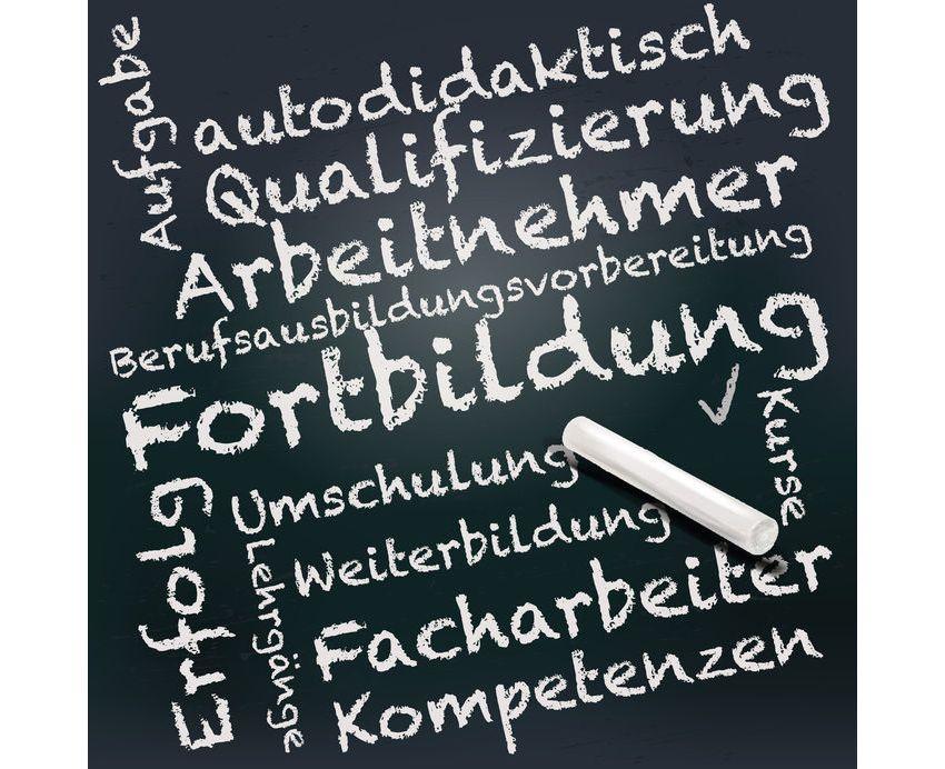 Ich will eine Weiterbildung machen - Kosten - Nutzen suedostschweizjobs.ch 1