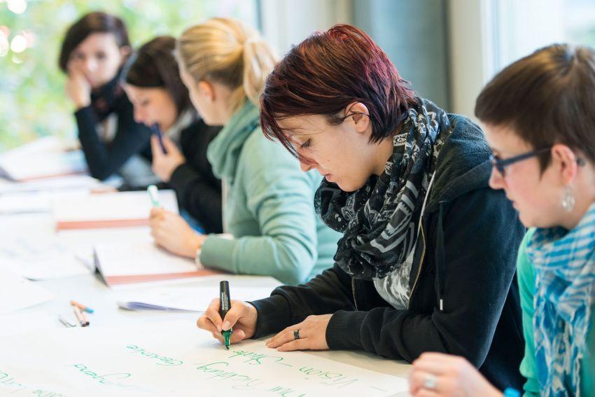 Gleichzeiti Edupool-ch-Diplom und einen eidg. Fachausweis erlangen - Mehr Tipps und Infos auf südostschweizjobs.ch 1