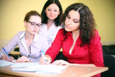 Aus- und Weiterbildung - Abschreiben erlaubt - suedostschweizjobs.ch