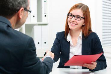 Eine fundierte Beratung hilft, den richtigen Karriereschritt zu tun.